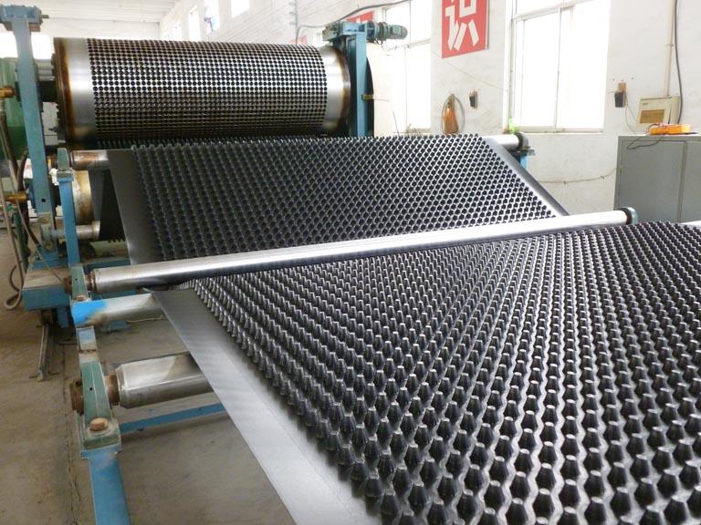 排水板生产线 (4).JPG